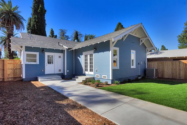 Photo 15 of Elmwood modern home