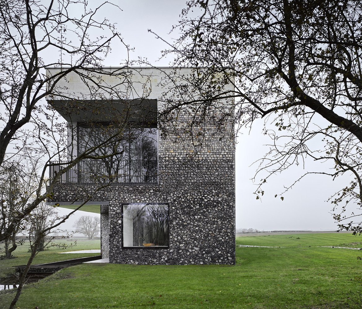 Flint House by Skene Catling de la Peña  Photo 9 of 16 in These 4 Modern Homes Around the World Take Advantage of Local Stone
