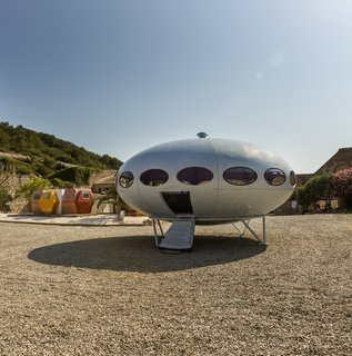At Utopie Plastic, Futuristic Plastic Homes Make an Appearance at a 19th-Century Metal Factory - Photo 6 of 9 -