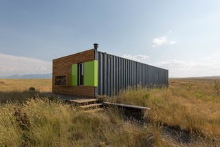 10 Shipping Container Homes You Can Buy Right Now - Photo 4 of 10 - Grannis Road House by Ty Kelly