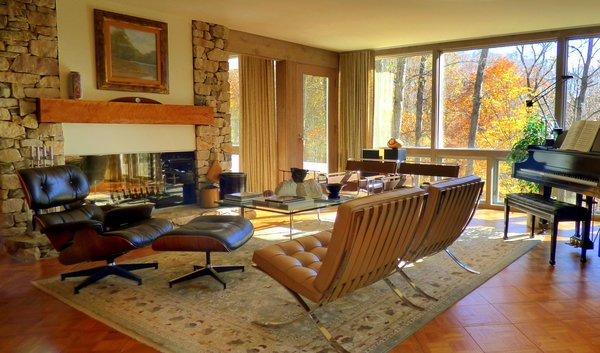 The Living Room glows with the fall colors.  Knoll and Herman Miller furniture.   Photo 10 of Phelps Residence modern home
