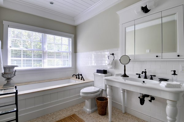 Laurel Hollow Bathroom Photo 14 of Laurel Hollow modern home