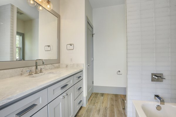 Photo 4 of Braes Heights Home- Merrick modern home