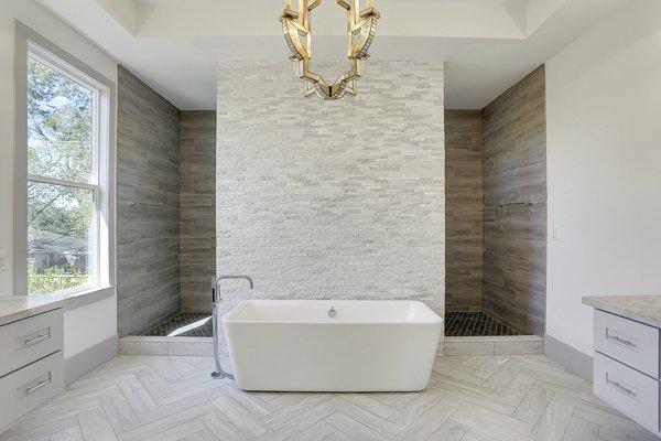 Photo 6 of Braes Heights Home- Merrick modern home