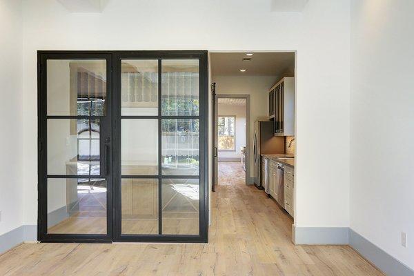 Photo 8 of Braes Heights Home- Merrick modern home