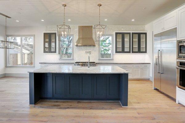 Photo 9 of Braes Heights Home- Merrick modern home