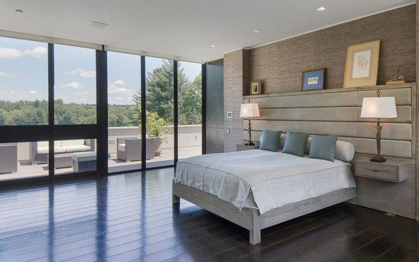 Photo 4 of Lakeside Modern modern home