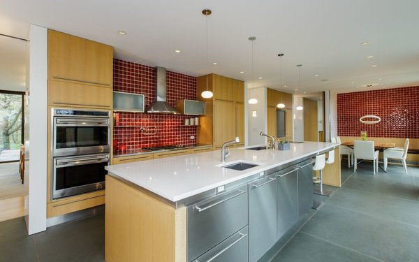 Modern home with kitchen. Photo 4 of Sustainable Luxury in Darien