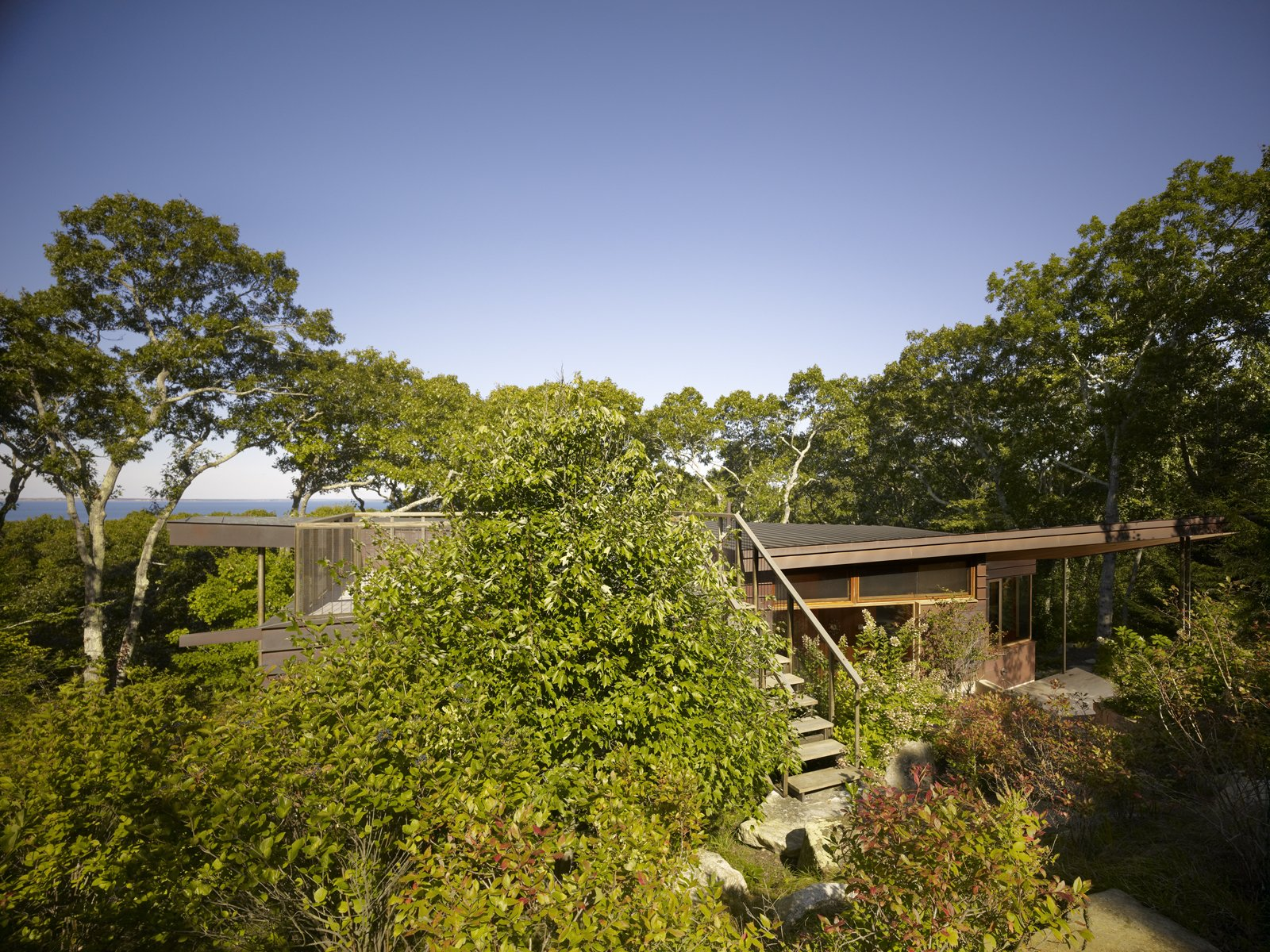 Chilmark Guest House by Charles Rose Architects