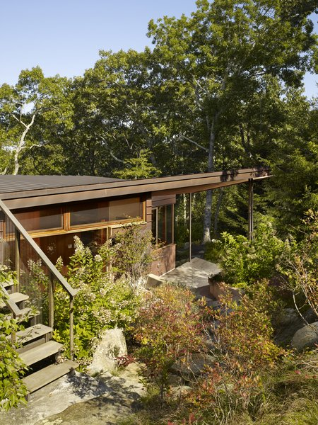 Photo 4 of Chilmark Guest House modern home