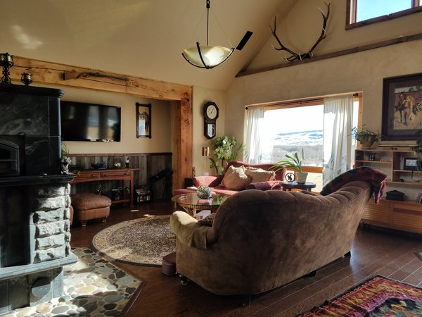 Modern Romantic Western Home For Sale