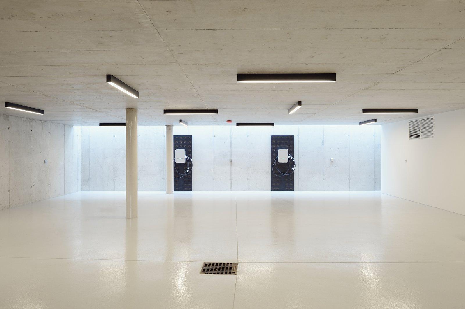 Garage  33 by Architect Zoran Bodrozic