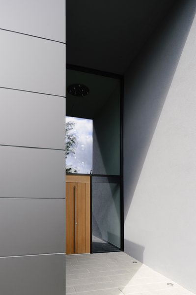 Entrance to the house Photo 6 of H_O modern home