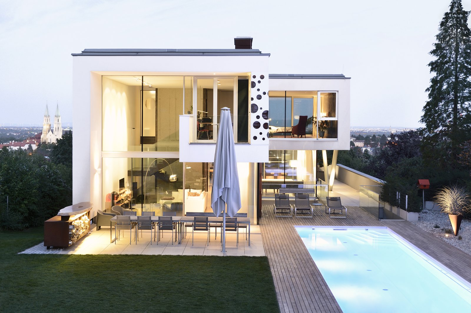 Evening view  H_O by Architect Zoran Bodrozic