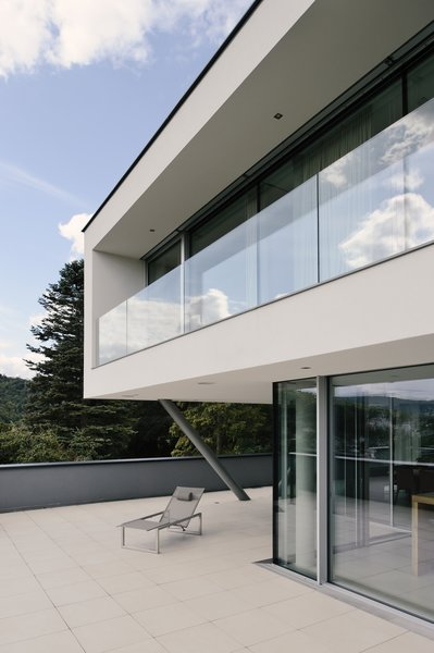 Front terrace Photo 4 of H_O modern home