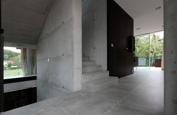 Stairs in the middle level Photo 7 of 360° Villa modern home