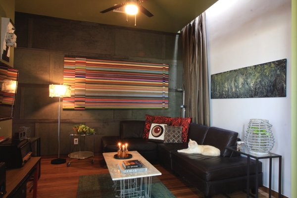 Photo 9 of Casa Wheeling modern home