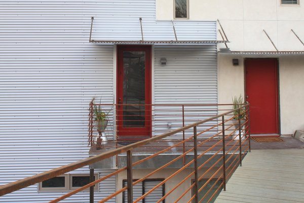 Photo 2 of Casa Wheeling modern home