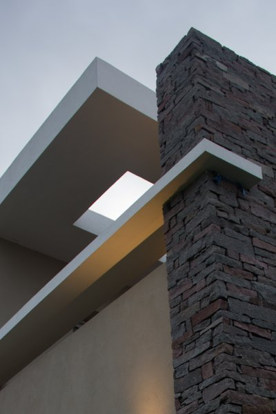 Modern home with outdoor. Photo 3 of casa ddc