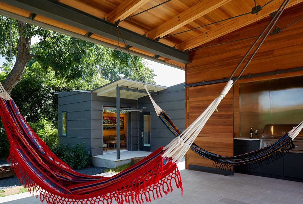 outdoor living / hammock room  House 117 by candid