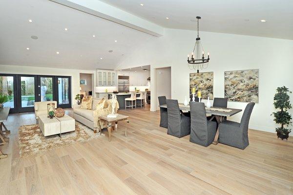 Living Room Photo 9 of Quail Run modern home