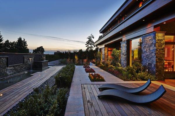 Photo 3 of Balsam Residence modern home