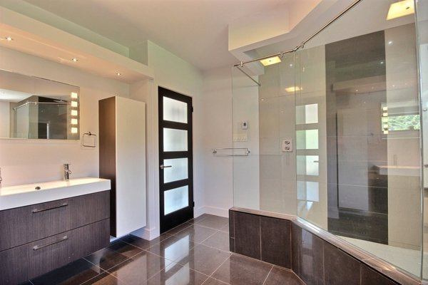 Heated floor Bathroom Photo 15 of Keps Haus 2.0 California Style in Canada modern home