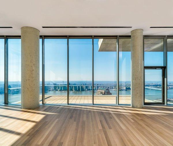 Walls of glass make way for stunning vistas Photo  of High Drama modern home