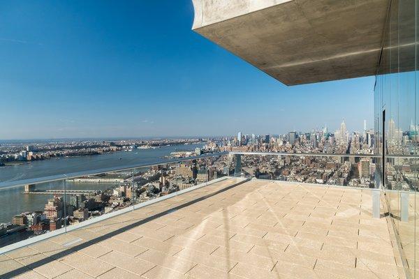 Breathtaking terrace Photo 3 of High Drama modern home