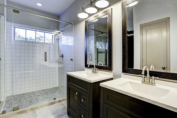 Master Shower and Vanities Photo 2 of The LakeLife House modern home
