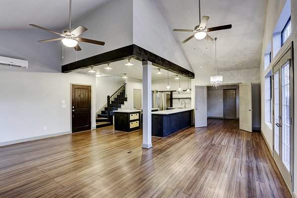 Exposed Beams Photo 10 of The LakeLife House modern home
