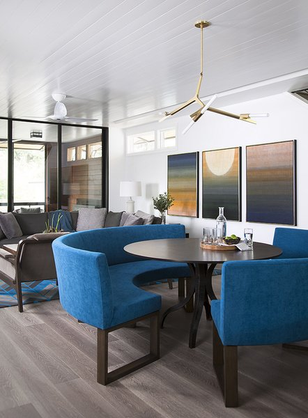 Photo  of Deep Eddy modern home