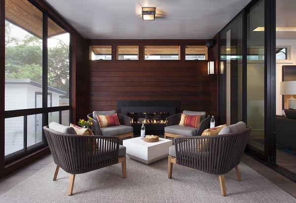 Photo 10 of Deep Eddy modern home