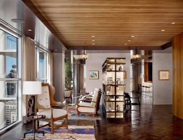 Photo  of Four Season Penthouse modern home