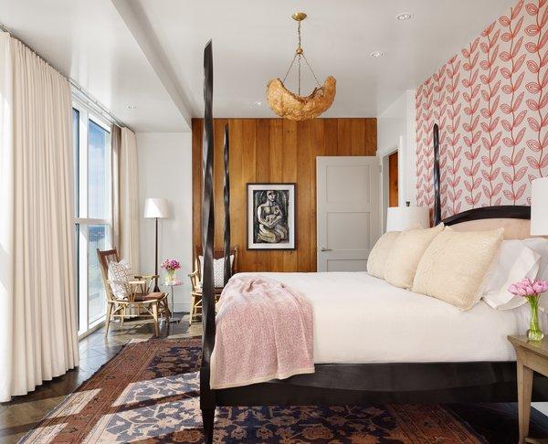 Photo 11 of Four Season Penthouse modern home
