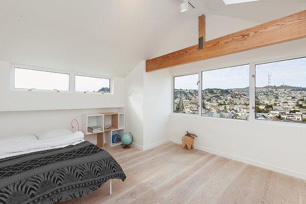 Top Floor Suite -Bedroom Photo 10 of Coleridge Residence modern home