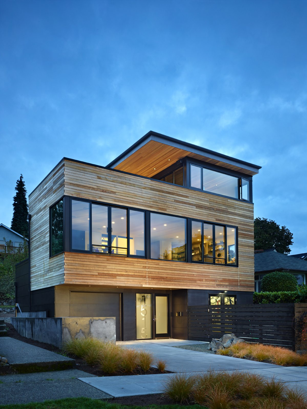 Entry Cycle House by chadbourne + doss architects