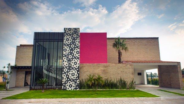 Main facade Photo  of XAHUENTLA HOUSE modern home