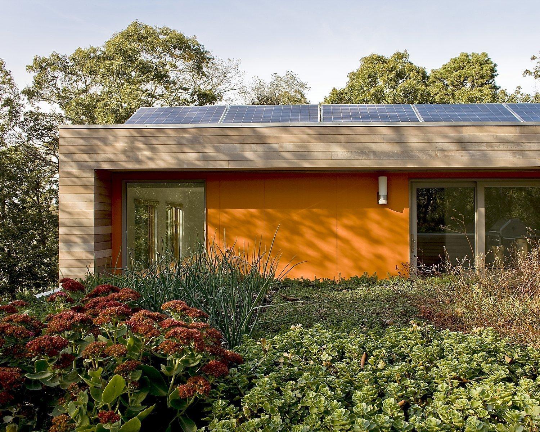 Orleans Modern Green Home by ZeroEnergy Design