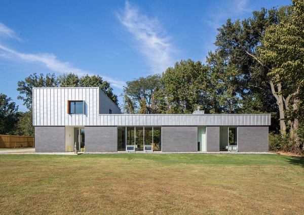 chadmellonphotographer Photo  of House for Five modern home
