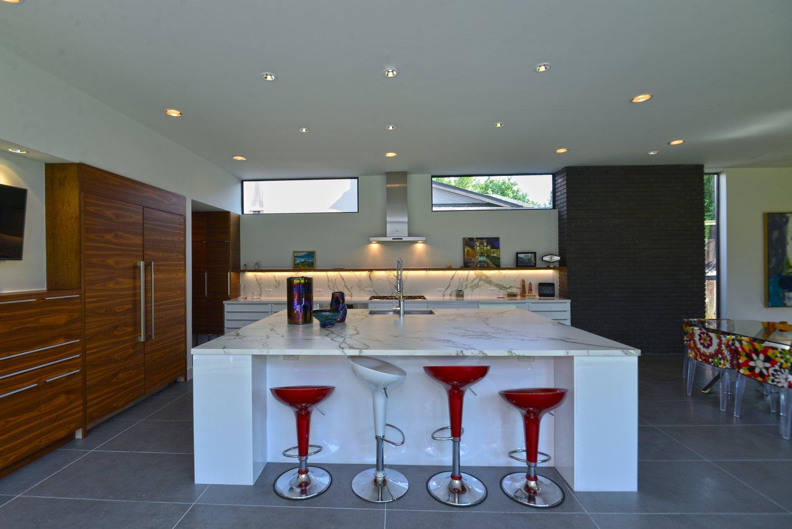Kitchen  Upper Kirby by John Leggett + On Point Custom Homes