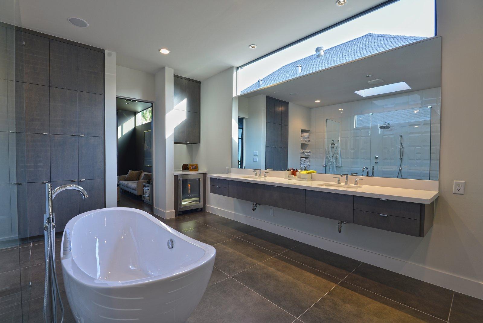 Master Bathroom  Upper Kirby by John Leggett + On Point Custom Homes