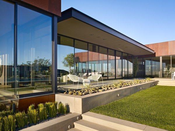 Photo 8 of Nightingale Residence modern home