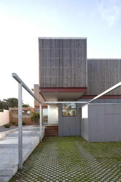 Photo 4 of R-House modern home