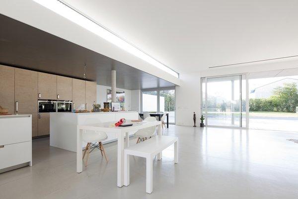 Photo 7 of R-House modern home