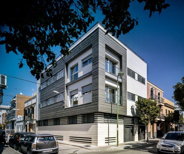 Casa Vázquez. Photo  of Casa Vázquez modern home