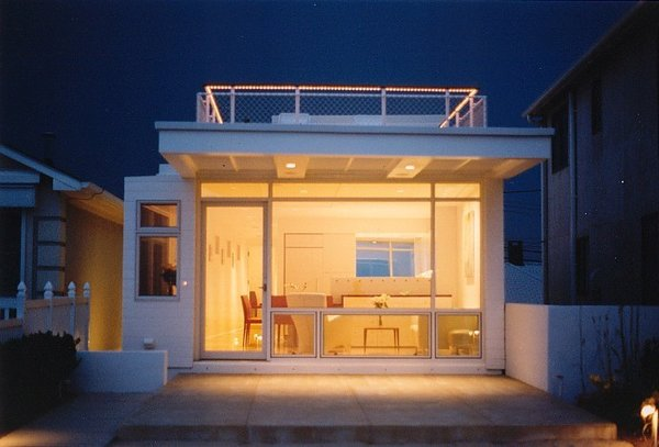 Beach side view in evening Photo 4 of Beach House modern home