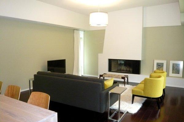 Photo 10 of Scarpa Residence modern home