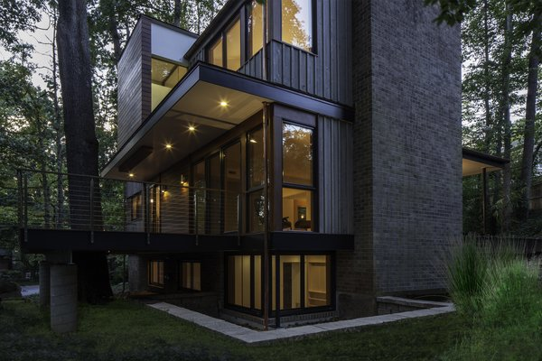 Photo 4 of Treehouse modern home