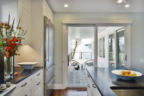 Photo 8 of Cove Overlook modern home